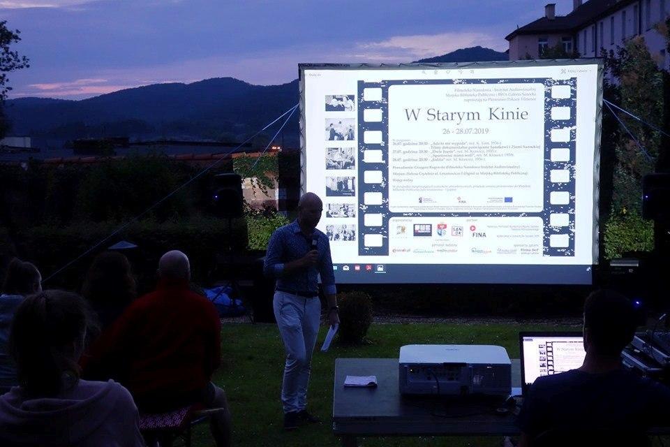 Plenerowe Pokazy Filmowe – W Starym Kinie